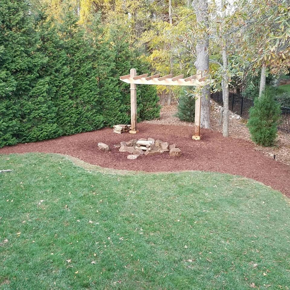 Carolina Greenscapes Landscaping - firepit