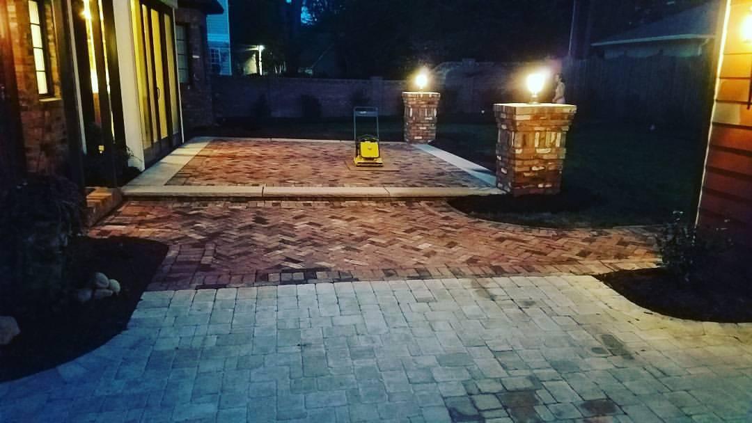 Carolina Greenscapes brick walkway