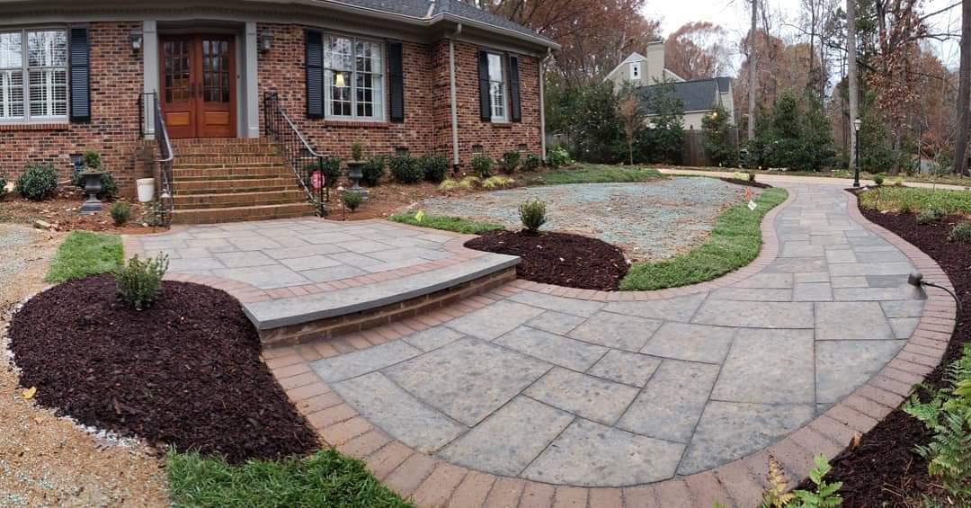 Carolina Greenscapes stone walkway